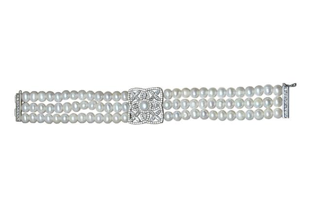 Ahsen 925K Gümüş Klipsli 4 Sıra Doğal Beyaz inci Bileklik AH-00095