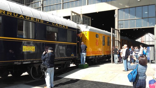 Tren Postal estacionado en Madrid-Delicias.