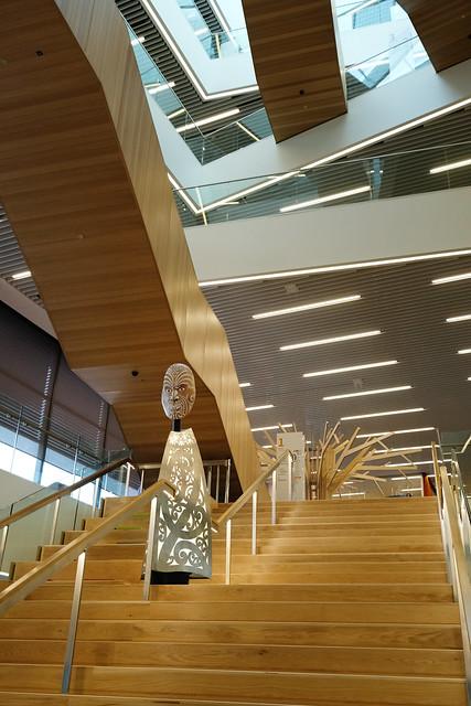 Tāwhaki, atrium stairway