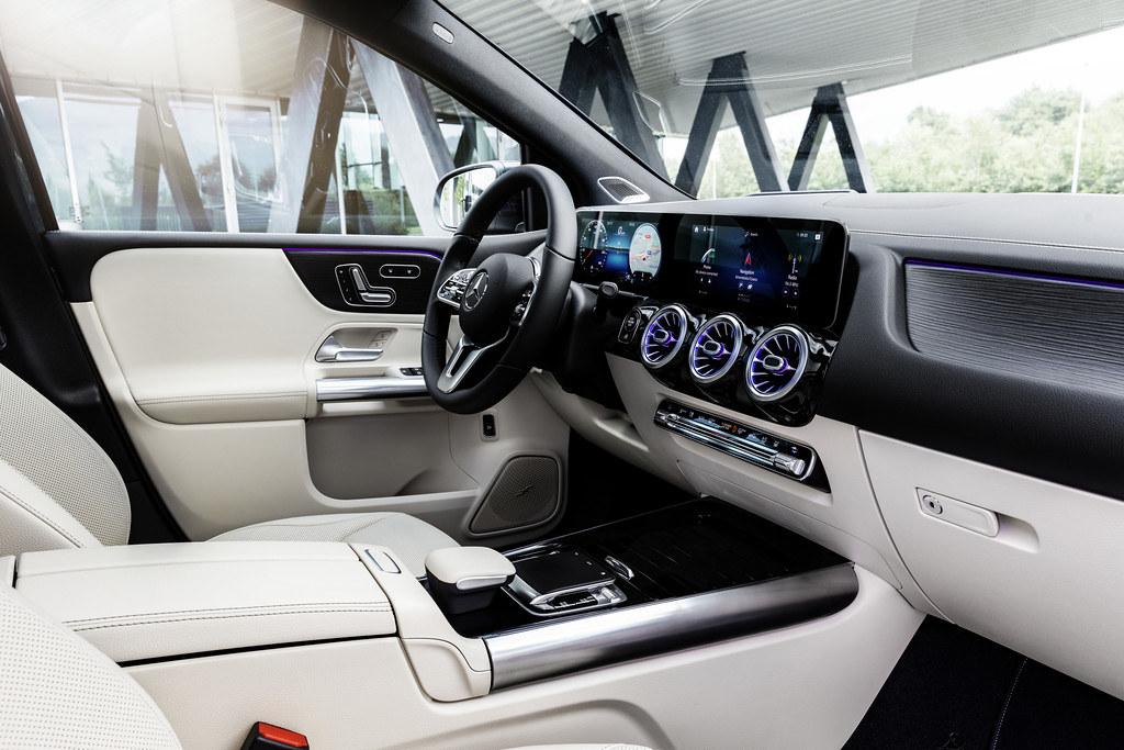 Mercedes B-Class enterier