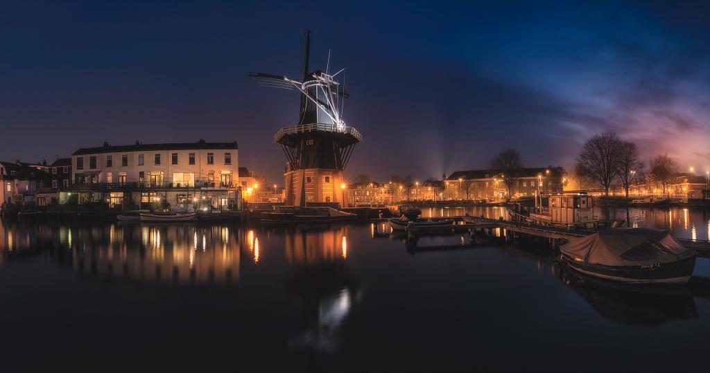 AR10 AR59 Juliocastro (Holanda) - El gran Molino - Tomada en Molino de Adriaan, Haarlem (Holanda) el 08-04-2018