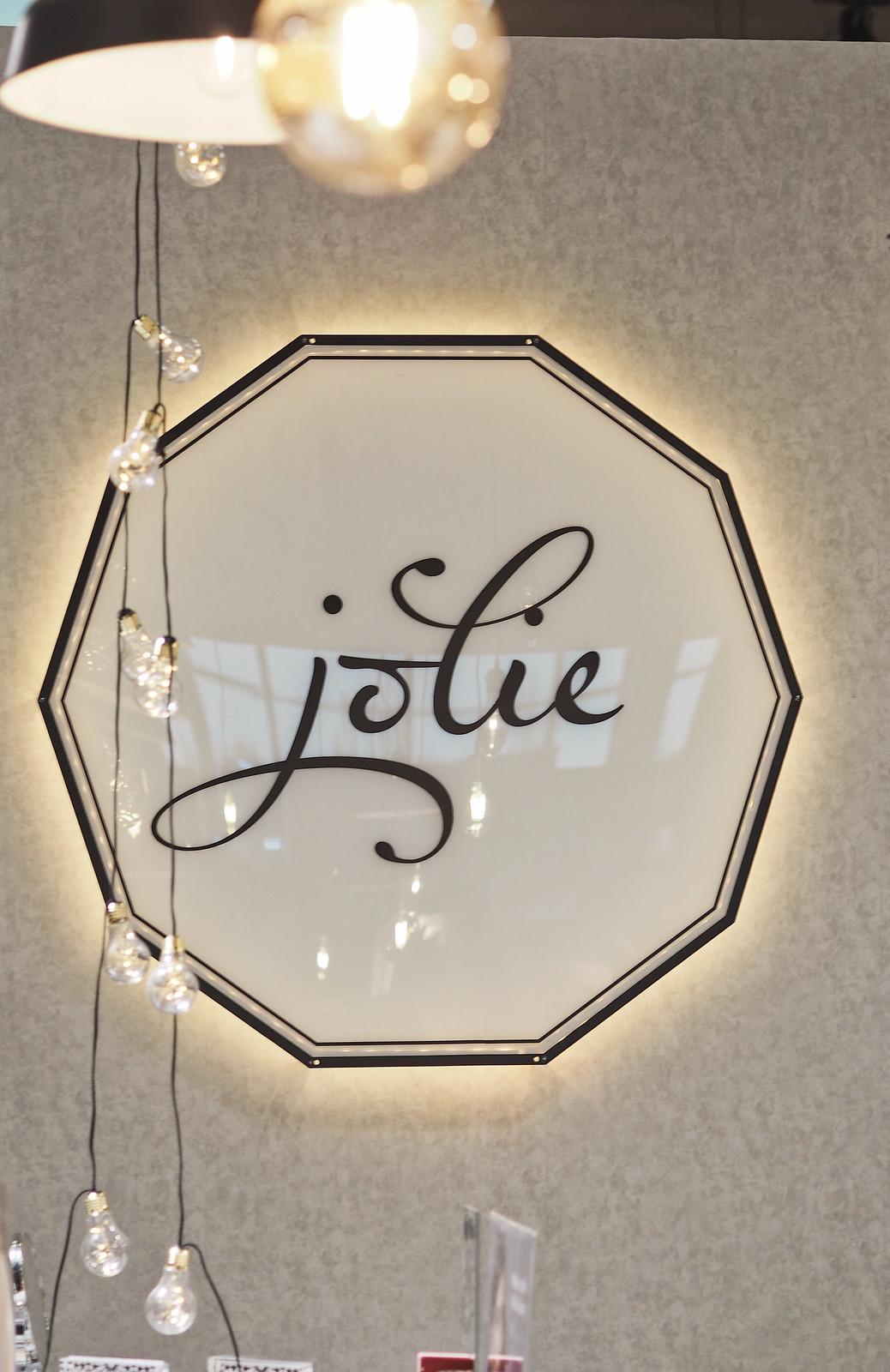 i love me jolie