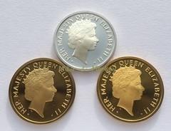 queen-elizabeth-ii-1976-bicentennial_medals-obverse