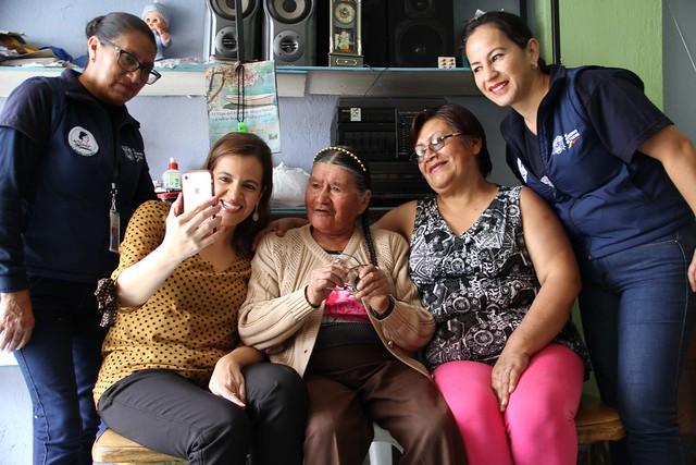 María Tránsito festejó el Día del Adulto Mayor con la Ministra del Interior