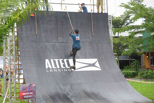 TNF Outdoor Warped Wall2