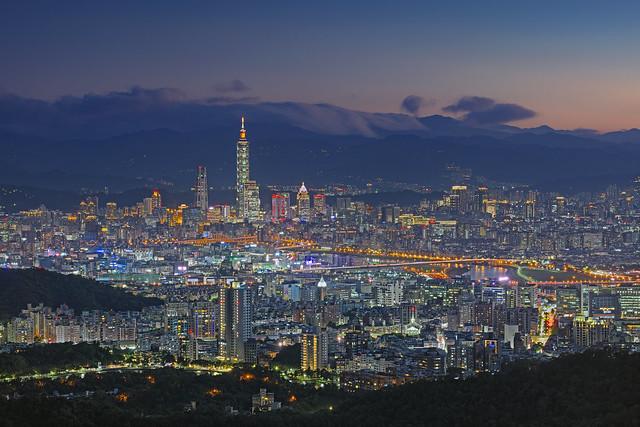Taipei 碧山巖180918-01, Nikon D800E, PC Micro-Nikkor 85mm f/2.8D