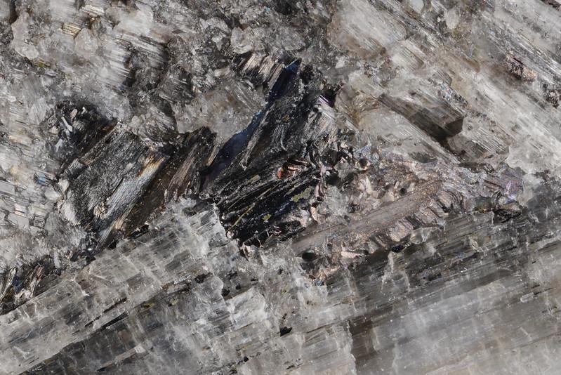 ヘドレイ鉱 / Hedleyite