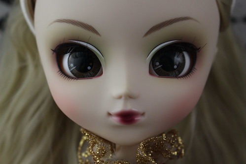 Premium Pullip Vertias Crimson Version Face Up