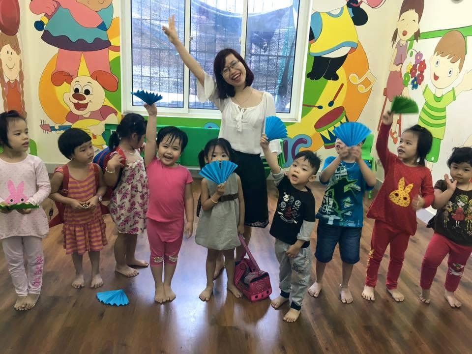 học tiếng Anh tốt cho bà bầu và thai nhi tại Tomokid