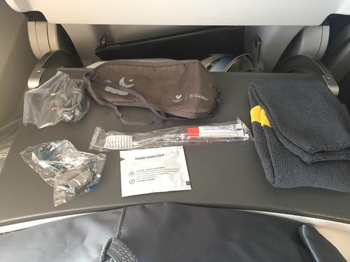 19 - Condor Premium-Class - GiveAways