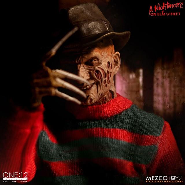 一代鬼王恐怖歸來,小心別睡著啦! MEZCO ONE:12 COLLECTIVE 系列《半夜鬼上床》佛萊迪·庫格 Freddy Krueger 1/12 比例人偶作品