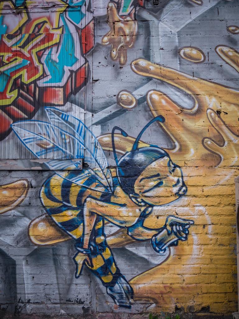La maison des abeilles : Gentilly 43947363315_24f3a4a5ca_b
