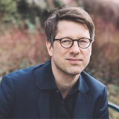 #litmuc18 Georg-Büchner -Preisträger Jan Wagner hat Autorinnen und Autoren aus allen Himmelsrichtungen nach München eingeladen und möchte die Stärken Europas auch dank seiner literarischen Vielfalt und Schönheit der Sprachen in den Fokus rücken. An versch