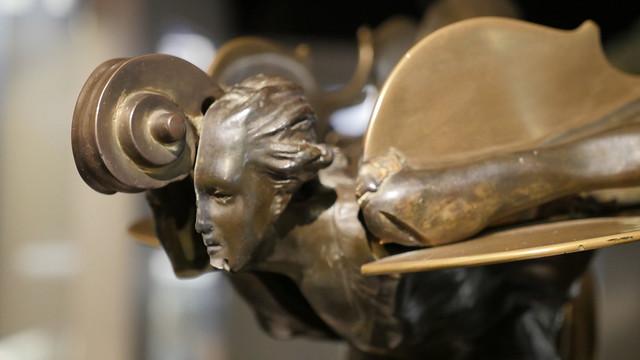 Museo de Artes inaugura exposición de piezas del escultor y pintor francés Arman