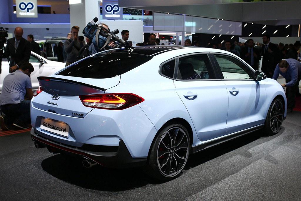 Hyundai i30 Fastback N top