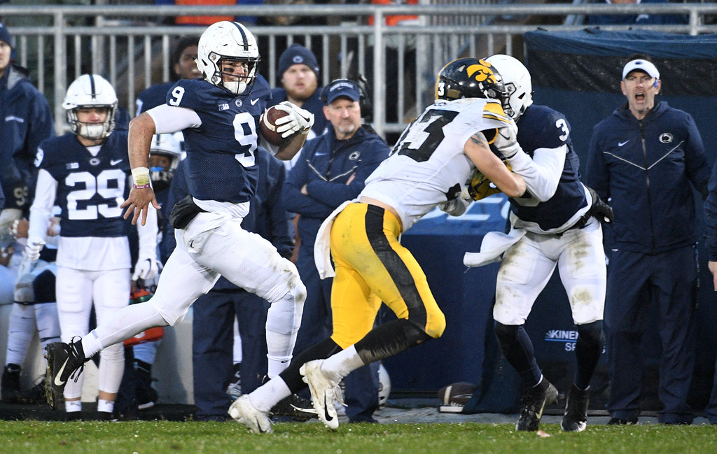 10C - Trace McSorley dashes 51 yards for touchdown aided by DeAndre  Thompkins  downfield block 493229cf8