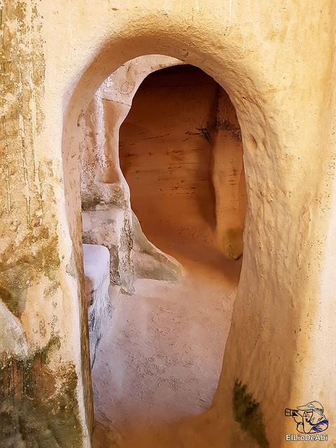 Des concierto clandestino  Iglesia rupestre San Miguel de Presillas (18)
