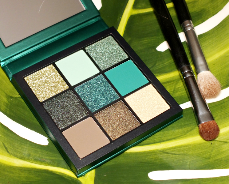 huda beauty emerald obsessions palette (6)