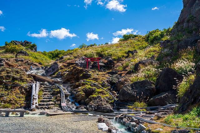 温泉場から登山道へ