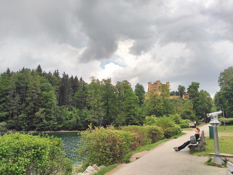 Junto al Lago Alpsee, a los pies del Castillo de Hohenschwangau