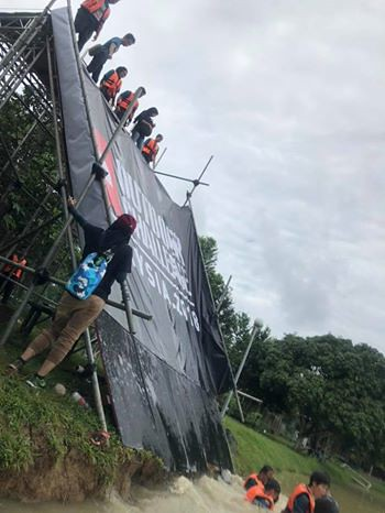 TNF Outdoor Slide2