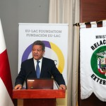 Leonel Fernández encabeza en Panamá encuentro juvenil organizado por Fundación EU-LAC