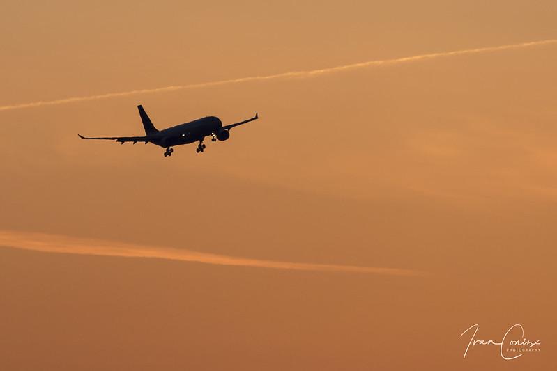 Airbus A330-223 – Brussels Airlines – OO-SFU – Brussels Airport (BRU EBBR) – 2018 04 06 – Landing RWY 25L – 01 – Copyright © 2018 Ivan Coninx