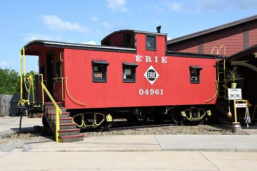 Erie 04961 at Mantua, OH