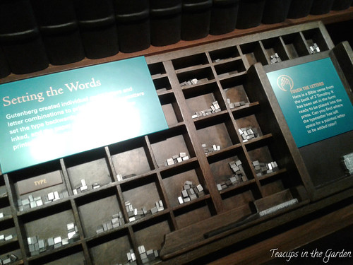 27-1540's Gutenberg moveable type