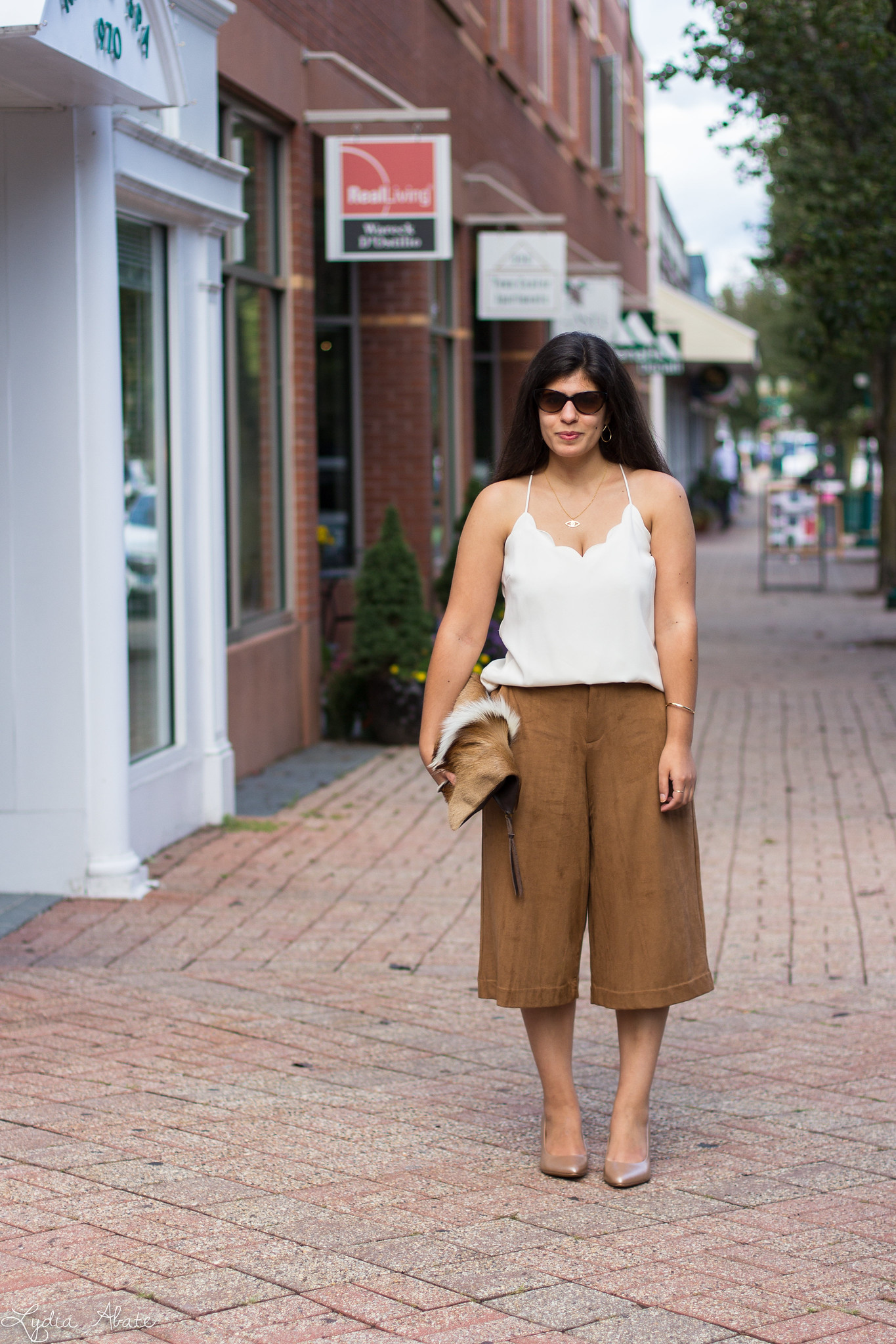 Cream Scalloped Cami, Brown Suede Culottes, Springbok Clutch-4.jpg