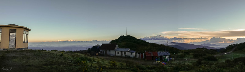 Panorama from Sandakphu. Mt Everest massif on the left and Kanchenjunga massif at centre-right.