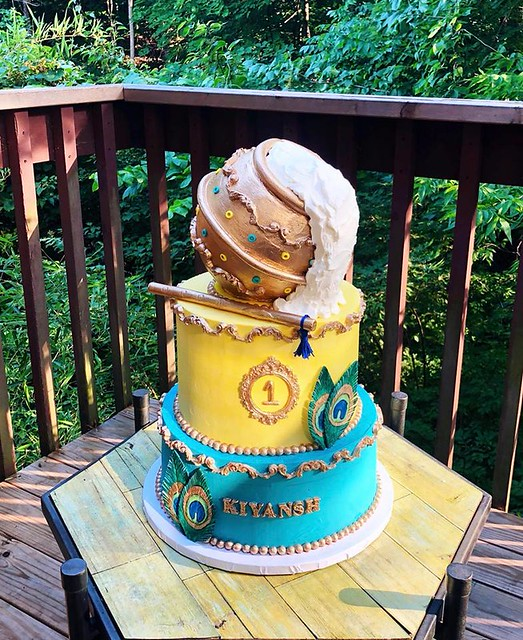 Krishna Themed Cake by A Sweet Little Story