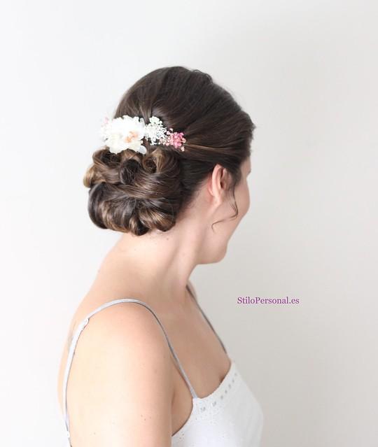 Peinado con flores Stilo Personal