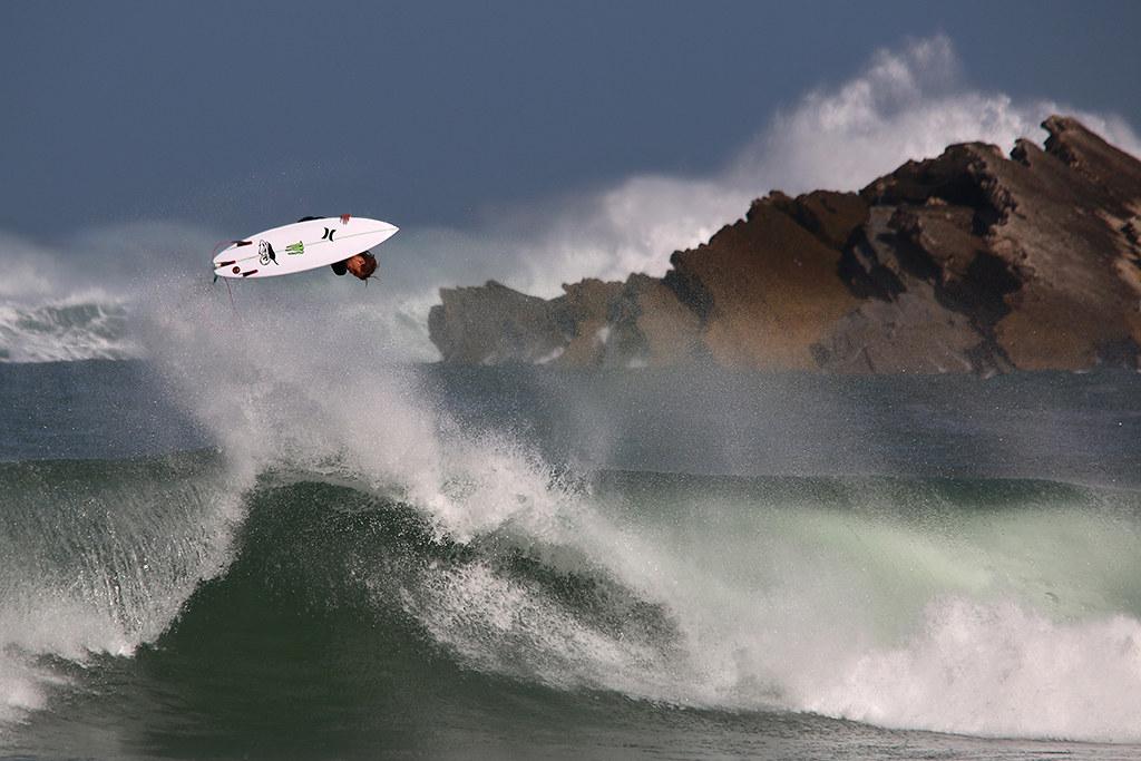 AV03 AV10 Guilherme Limas (Portugal) - Voando - Tomada en Peniche el 13-03-16