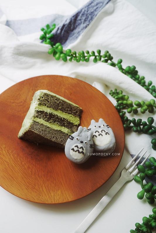 black sesame matcha cake recipe totoro cake