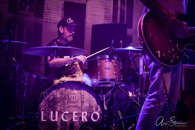 Lucero_930Club