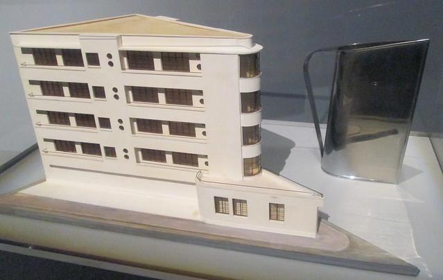 Le Corbusier Building Model