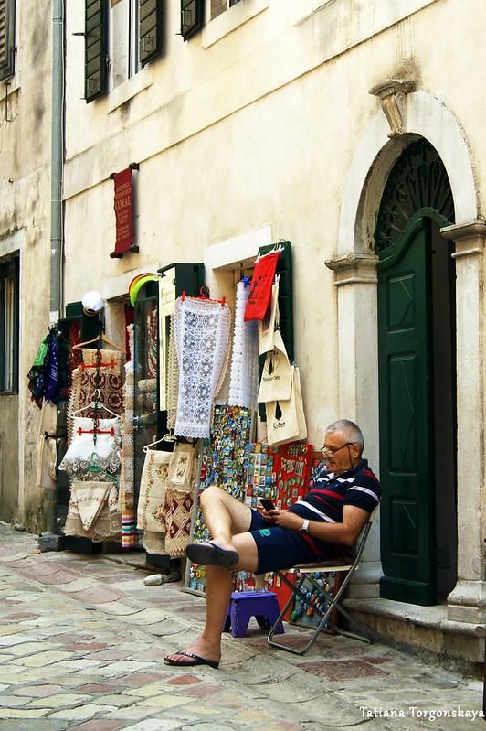 Сувенирная лавка в Старом городе Котора