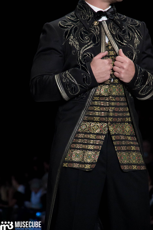 mercedes_benz_fashion_week_slava_zaitsev_nasledie_079
