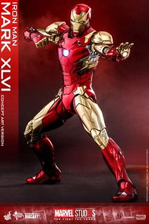 Hot Toys Iron Man Mark XLVI (Concept Art Version) is a throwback to the 60s version!