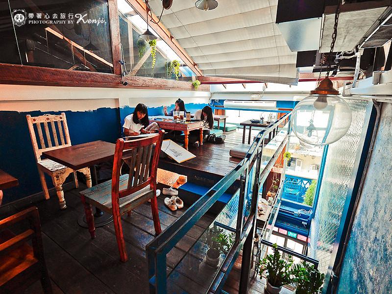 blue-cafe-14
