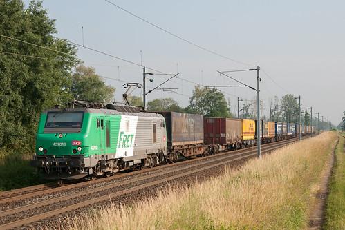 Train 40353 à Eckwersheim