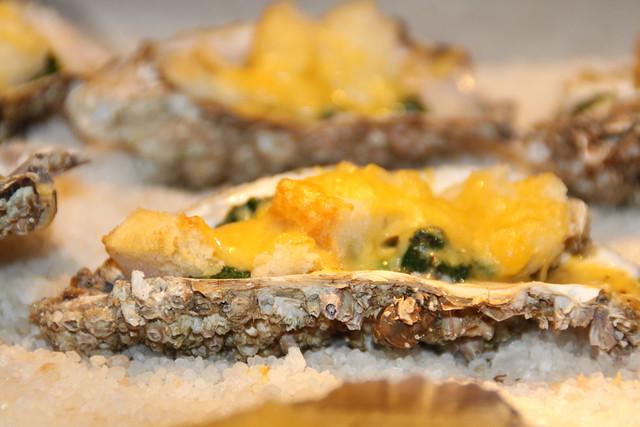 Gegratineerde oesters...
