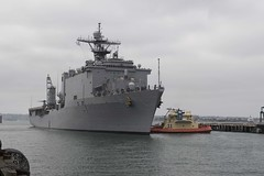 USS Harpers Ferry (LSD 49) approaches Broadway Pier in downtown San Diego, Oct. 23. (U.S. Navy/MCSN Lasheba James)
