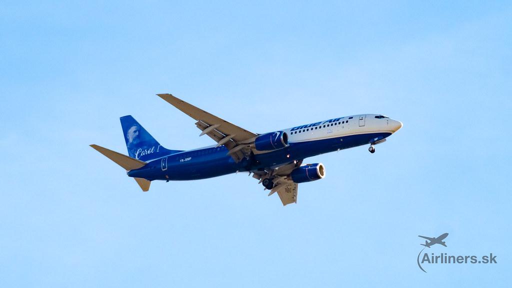 Blue Air 738 Carol 1