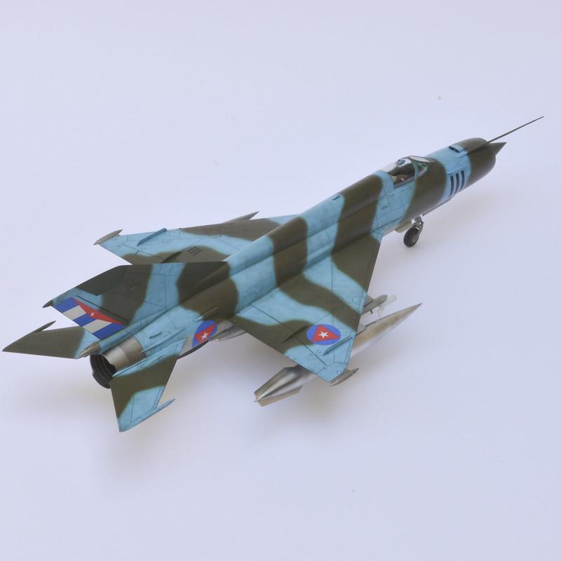 MiG-21R 05