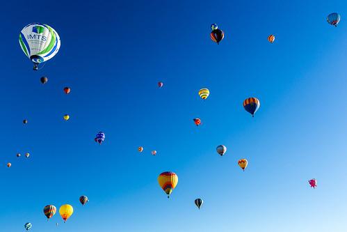 newmexico unitedstates us ballonfiesta albuquerque launch fiesta teamcanon dawn mass ascension 5d3 canon new mexico canonintheclouds aibf2018 hotairballoon balloon nm sunrise