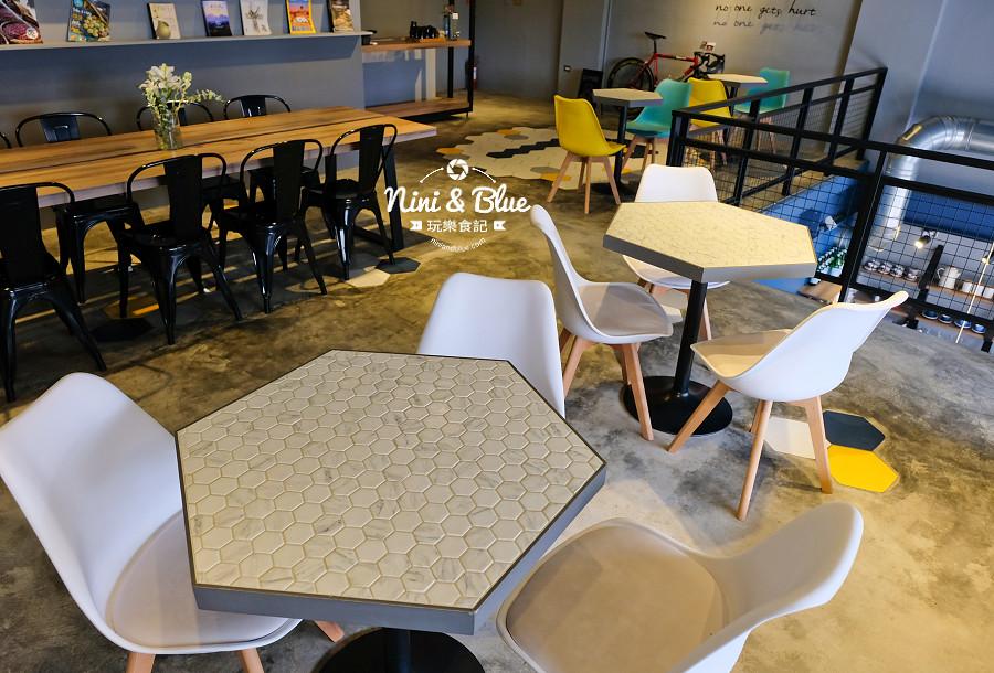 pluto 咖啡 ikea  台中南屯11
