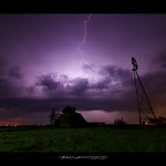 9. Mai 2018 - 8:06 - 05092018 Lightning, Wind Mill, Old Barn! A Great Trio!