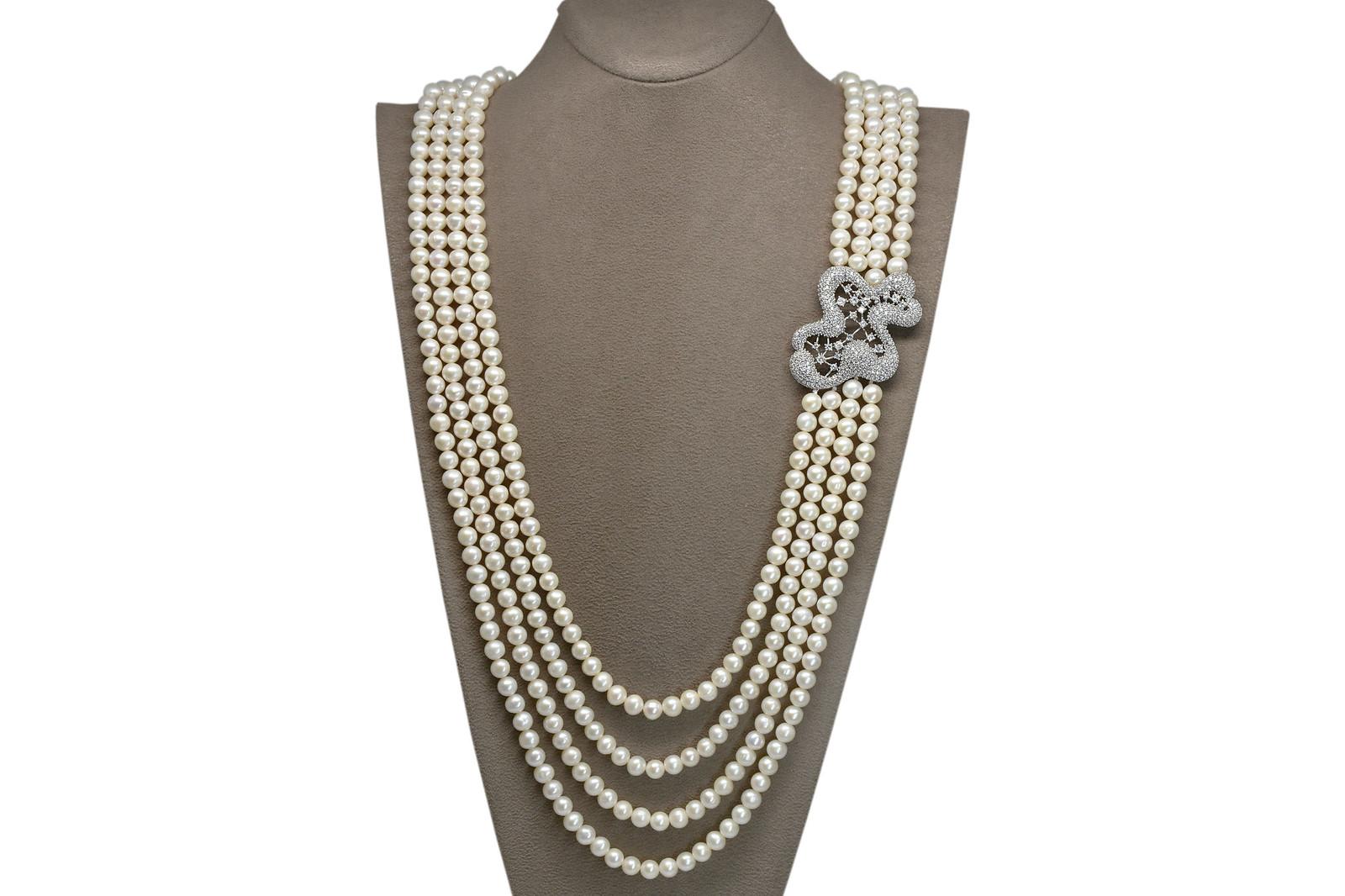 - Ahsen 925K Gümüş Broşlu 4 Sıralı Doğal Beyaz inci Kolye AH-00086
